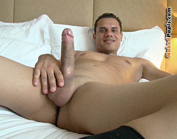 Hawk 4 Play Jefe & Lil Boy 3Trez & Osian Haircut 3 Way Nike Ticket ...: www.nakedpapis.com/nude-latin-men/papi204/latino_men_204.html